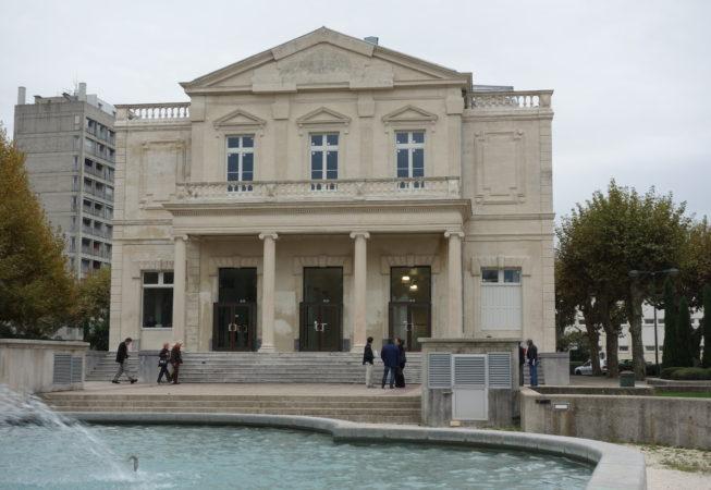 Montélimar façade théâtre