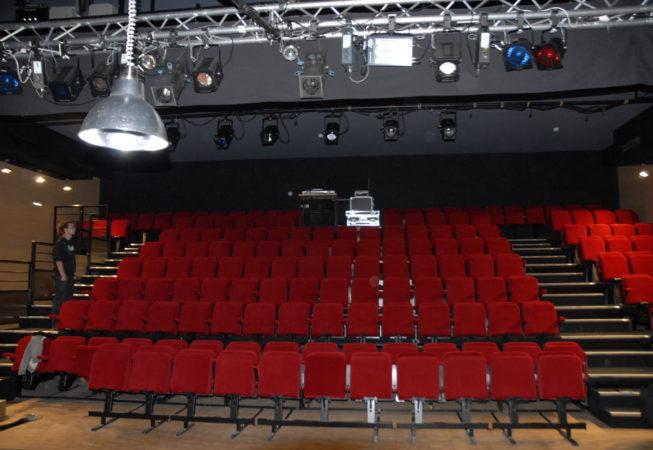 Laval FAL 53 Salle 2