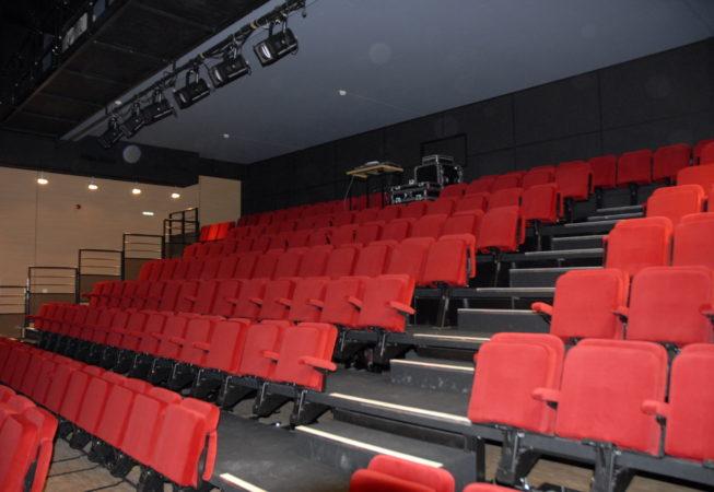 Laval FAL 53 Salle